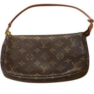 Louis Vuitton Pochette Mini Shoulder Purse